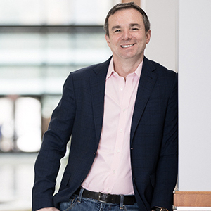 Mike Capone<small>Qlik</small><span>CEO</span>