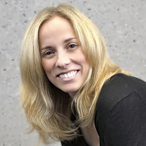 Carrie Shaw<small>Quandl</small><span>Chief Product &<br>Marketing Officer</span>