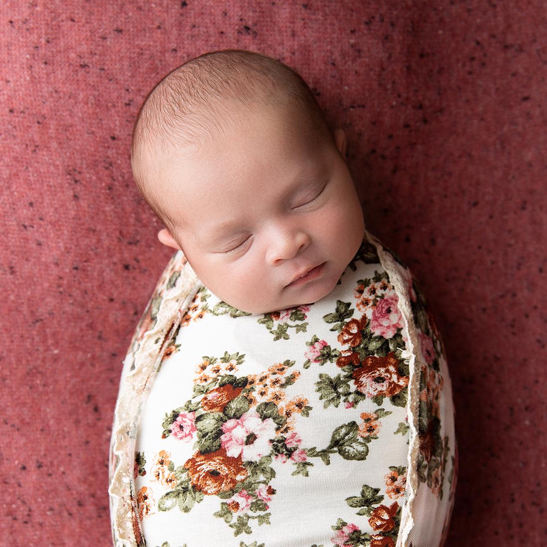 Baby Elyanna-64 square.jpg