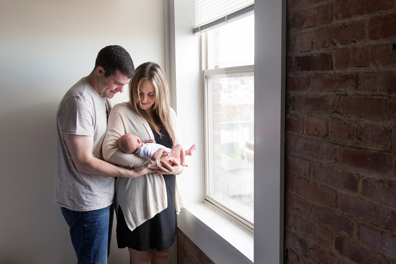 Lifestyle Newborn Photos-20.jpg