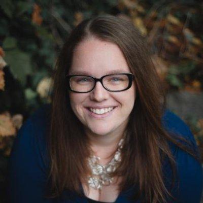 Stephanie Nissen, Social Media