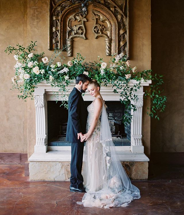 A Tuscan scene with the most beautiful @clairepettibone dress + cape. ✨ 📷: @krystleakin  Dress: @clairepettibone  HAMU: @nataliaissa  Venue: @villadifelicita  Shoes: @bellabelleshoes  Rentals: @bellaacento  Sweets: @sweettreatsbakerytx  Paper: @letteringbygrg  Vow books: @weddingstorywriter  Models: @mckenna_harmony & @alexripleylisak  Sponsor: @goodmanfilmlab  Host Photographer: @krystleakin