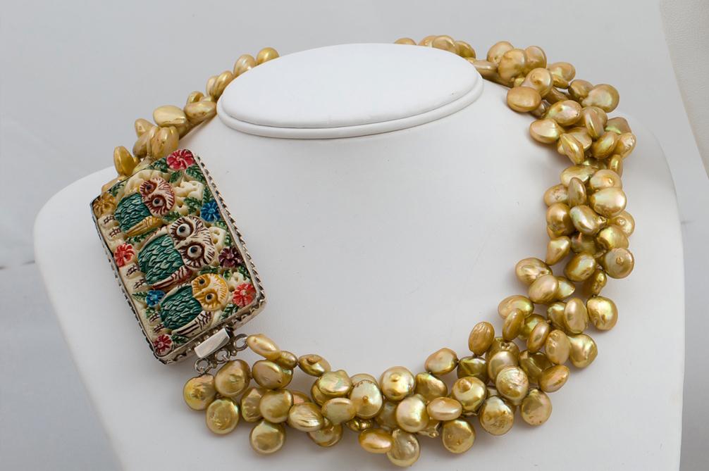 gold pearls.jpg