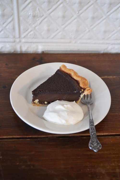 (Chocolate Chess Pie)