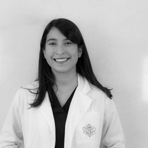 Dr. Jennifer Meza