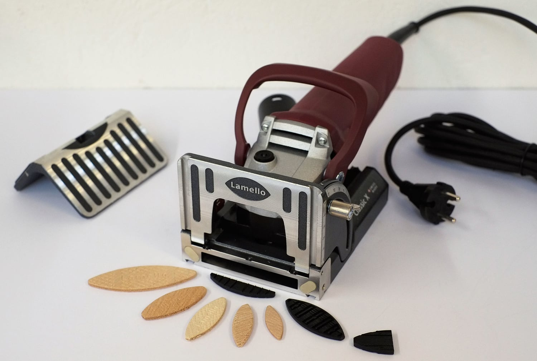 hafven-makerspace-lamello-formfedernutfräsmaschine.jpg