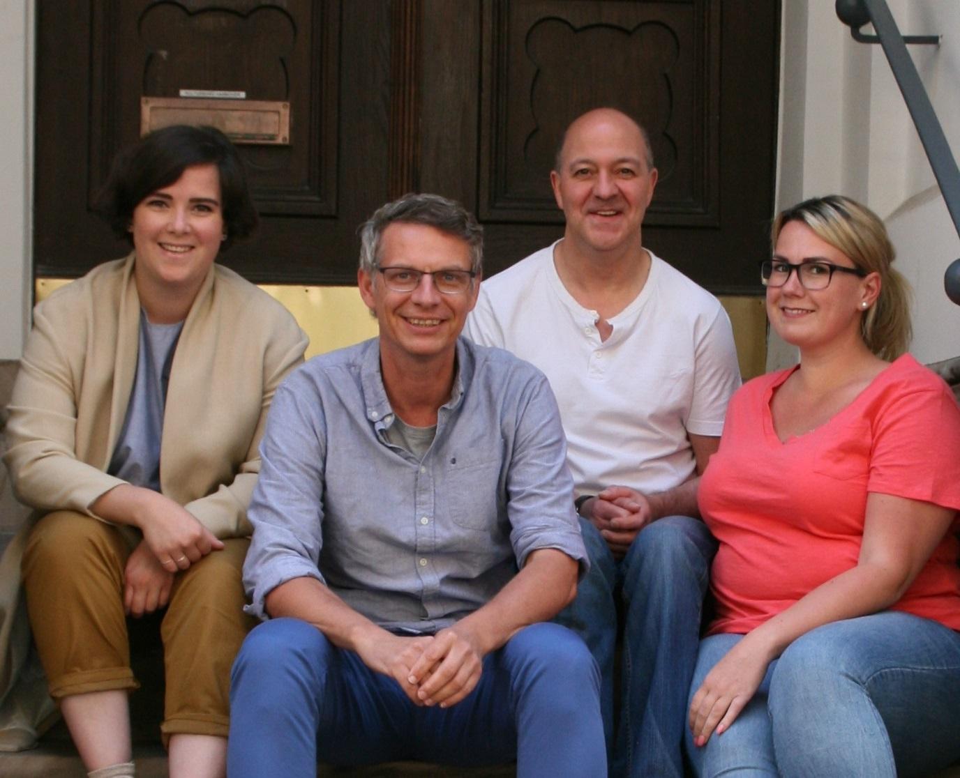 Das Team aus dem Kulturbüro der Stadt Hannover bietet eine Sprechstunde im Cafve.
