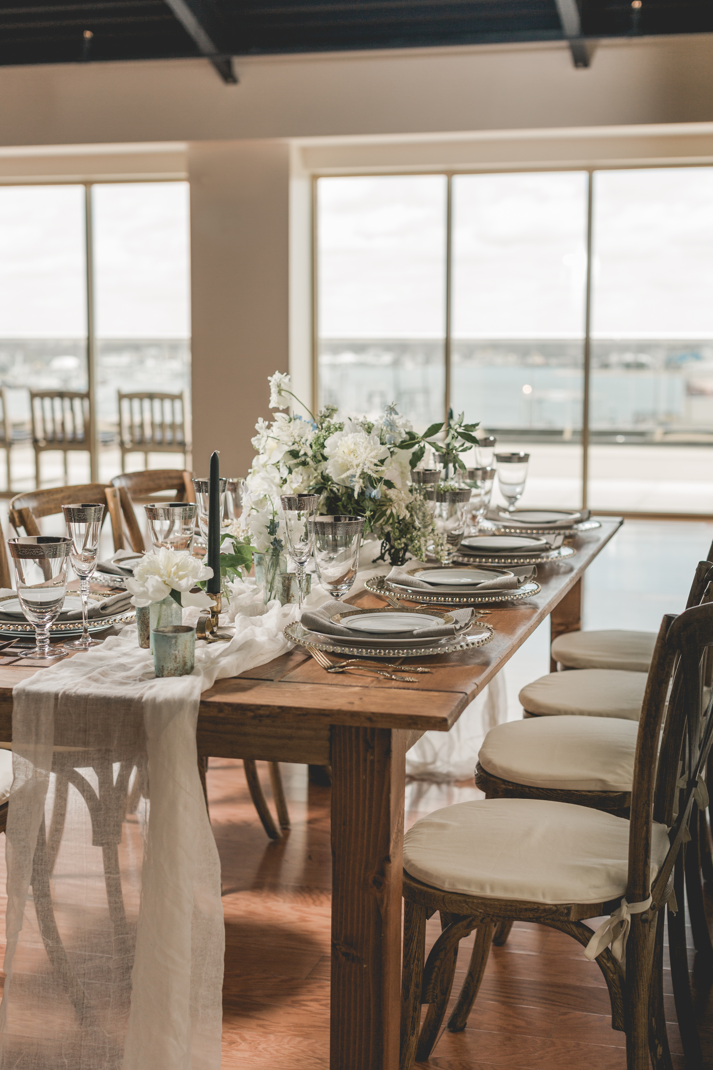 Whaling_Museum_Styled_Shoot_guesttable_4-19-16-31.jpg