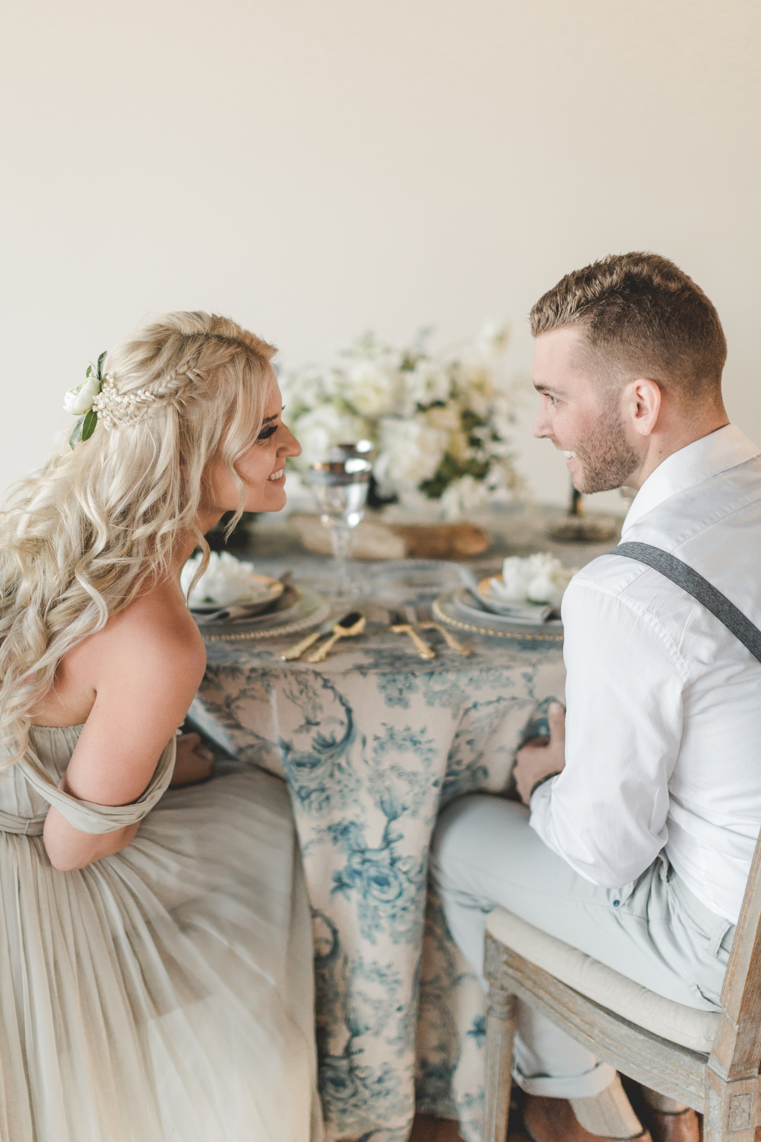 Whaling_Museum_Styled_Shoot_sweethearttable_4-19-16-27.jpg