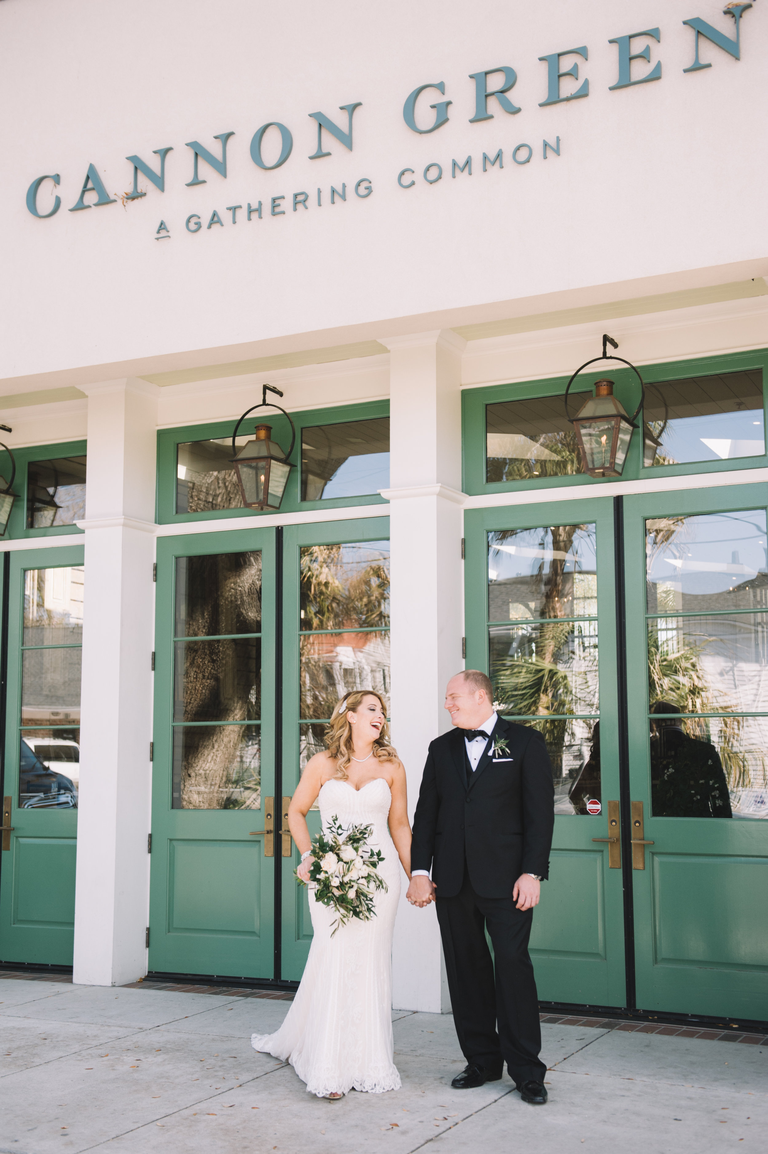 001_2061_ChelseaAndPaul_WeddingFavOfJennings.jpg