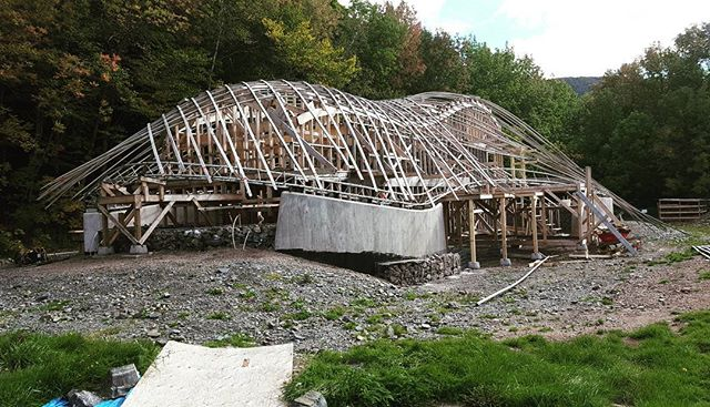 Before things begun to happen #waitforit #designbuild #collaboration #cheticamp #capebretonnationalhighlands #experimental #architecture #progress #dalhousie #uncc #uaz #gridshells #stainlesssteel
