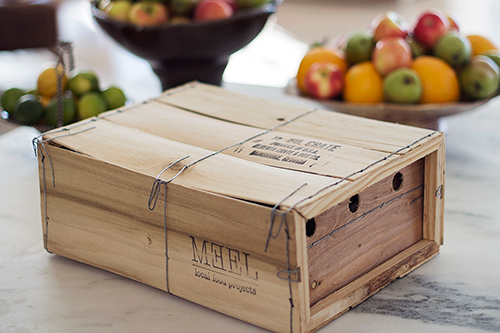MEEL KITS & PREPARED FOODS ARE SUSTAINABLY PACKAGED AND HAND-DELIVERED TO YOUR DOORSTEP IN OUR SIGNATURE WOODEN CRATES WITH INGREDIENTS PORTIONED IN GLASS JARS. THESE ITEMS WILL BE PICKED UP THE FOLLOWING WEEK FROM YOUR PORCH, LEAVING NO PACKAGING TO DISPOSE OF AND NO WASTE.