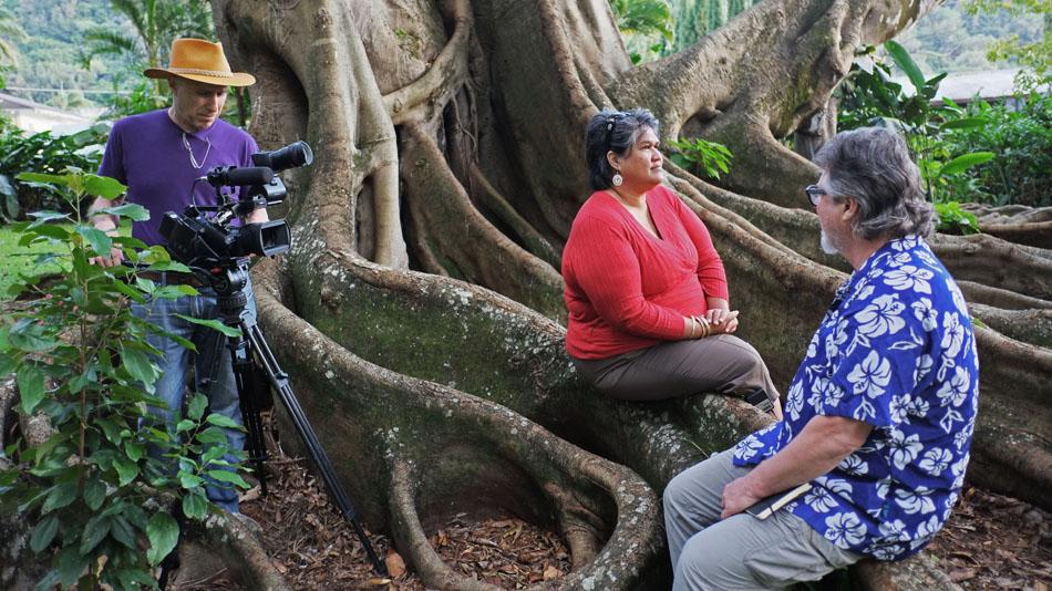 Kau'i Sai-Dudoit , who works at the Hawaiian Language Newspaper Archive, with host Bob Holman and filmmaker David Grubin