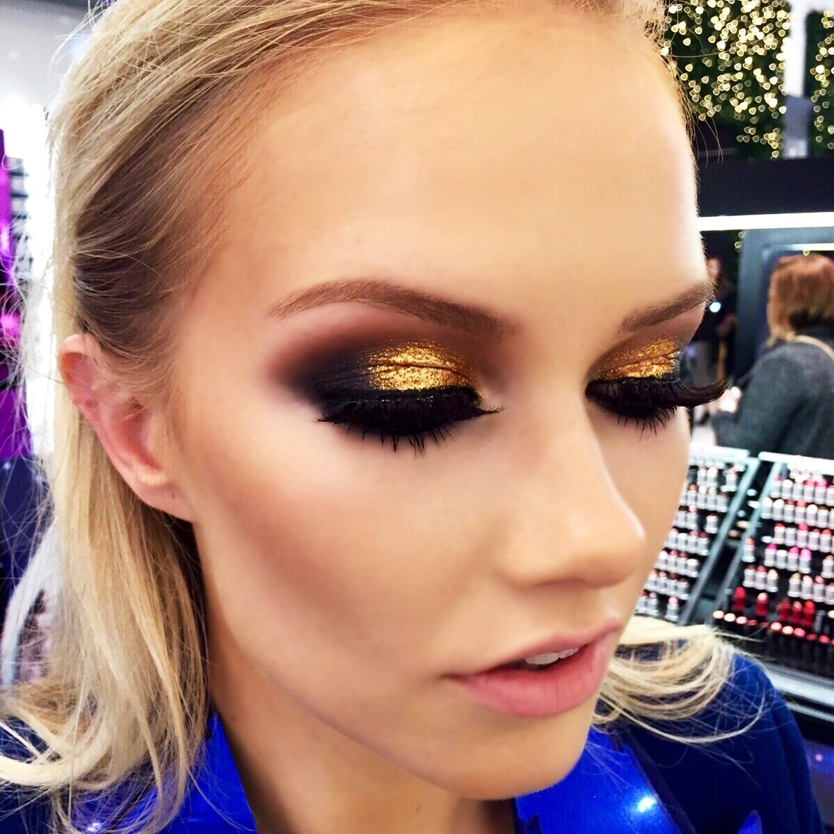 The makeupartist Kerry White who gave me this sparkly look - check out her instagram @_makeupbykerry