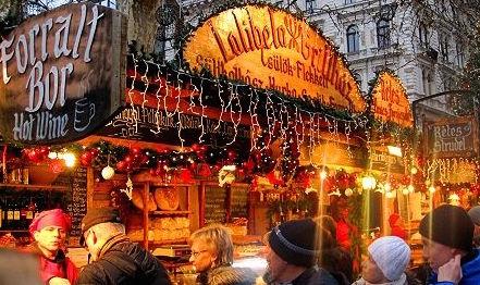 Photos from: www.budapestchristmas.com