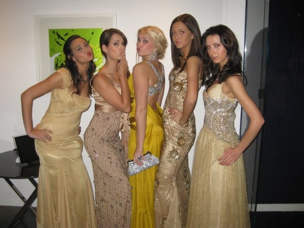 Here together with Miss French Polynesia (from the left), New Zealand, Poland and Miss Lithuania, during a fashion show in Abu Dhabi