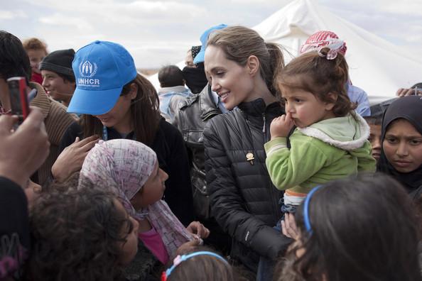 Angelina+Jolie+UNHCR+Special+Envoy+Angelina+ZaOWb53Oijql.jpg