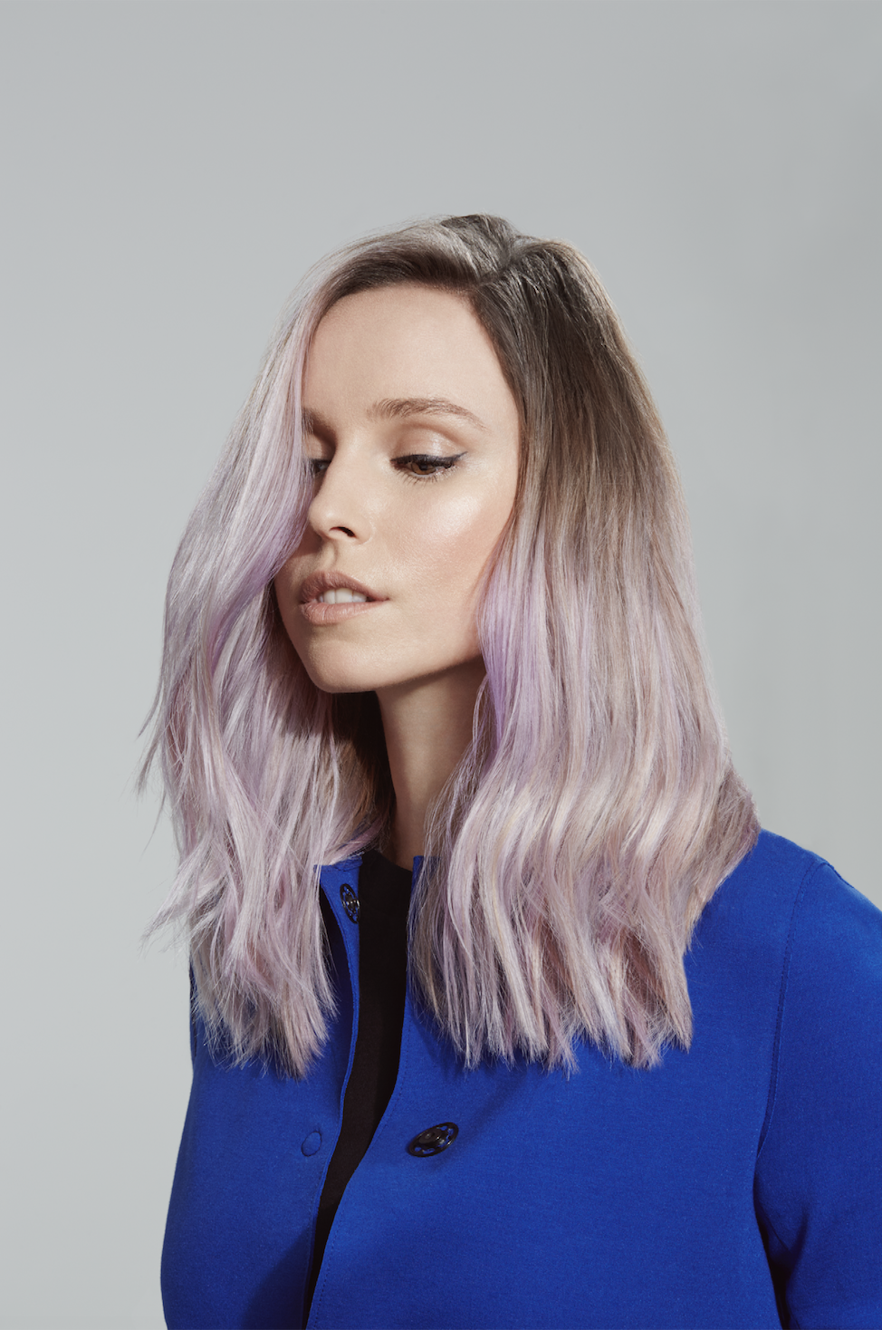 Siobhan gave Zsanett's blonde ombré a pastel lilac tone during our shoot together with Headmasters.