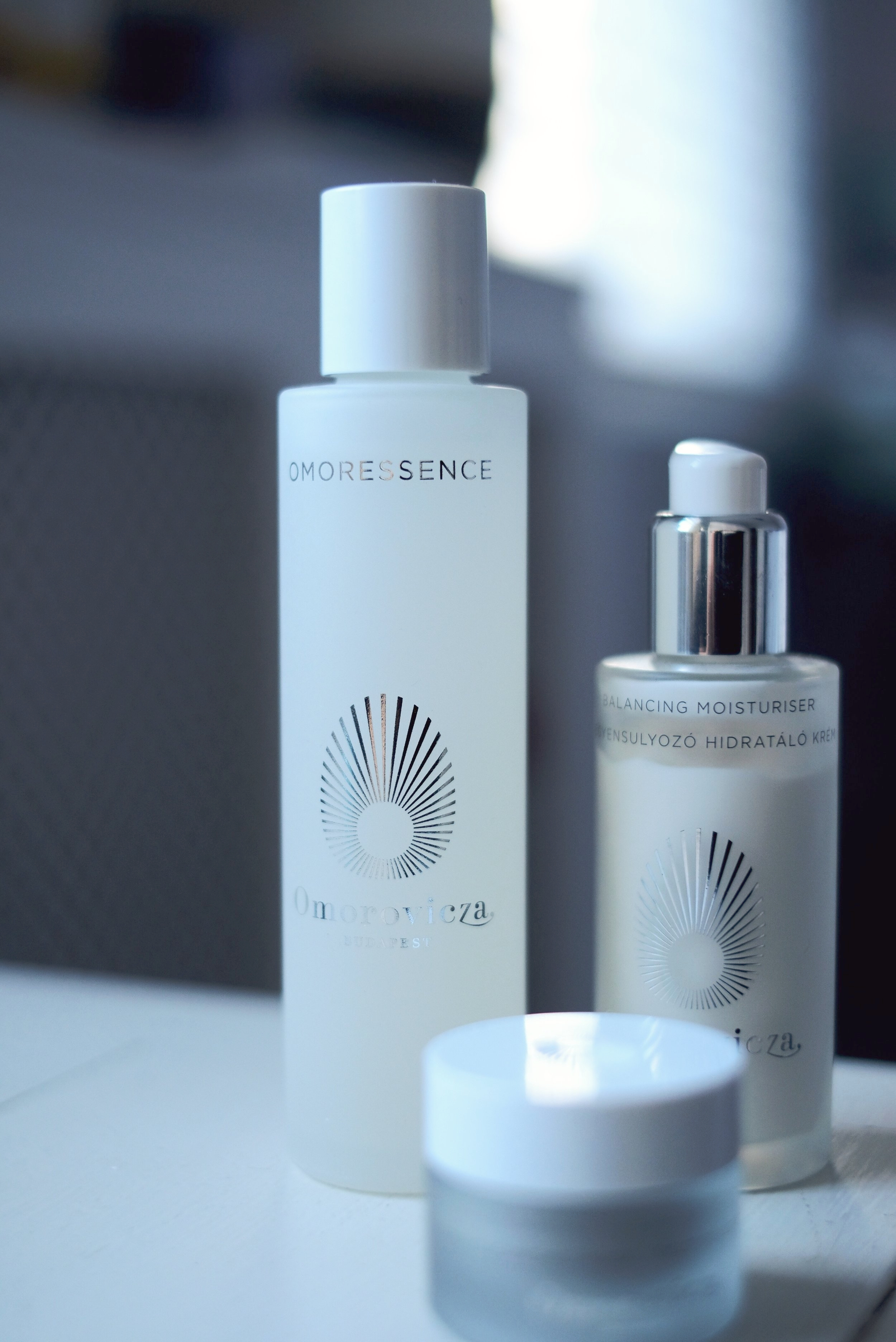 OMORESSENCE   BALANCING AND HYDRATING LIQUID MOISTURISER FOR ALL SKIN TYPES