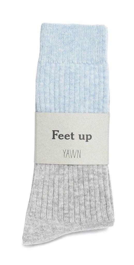 www.loveyawn.com/collections/sleep-socks/products/cosy-sleep-socks-1?variant=10578574851