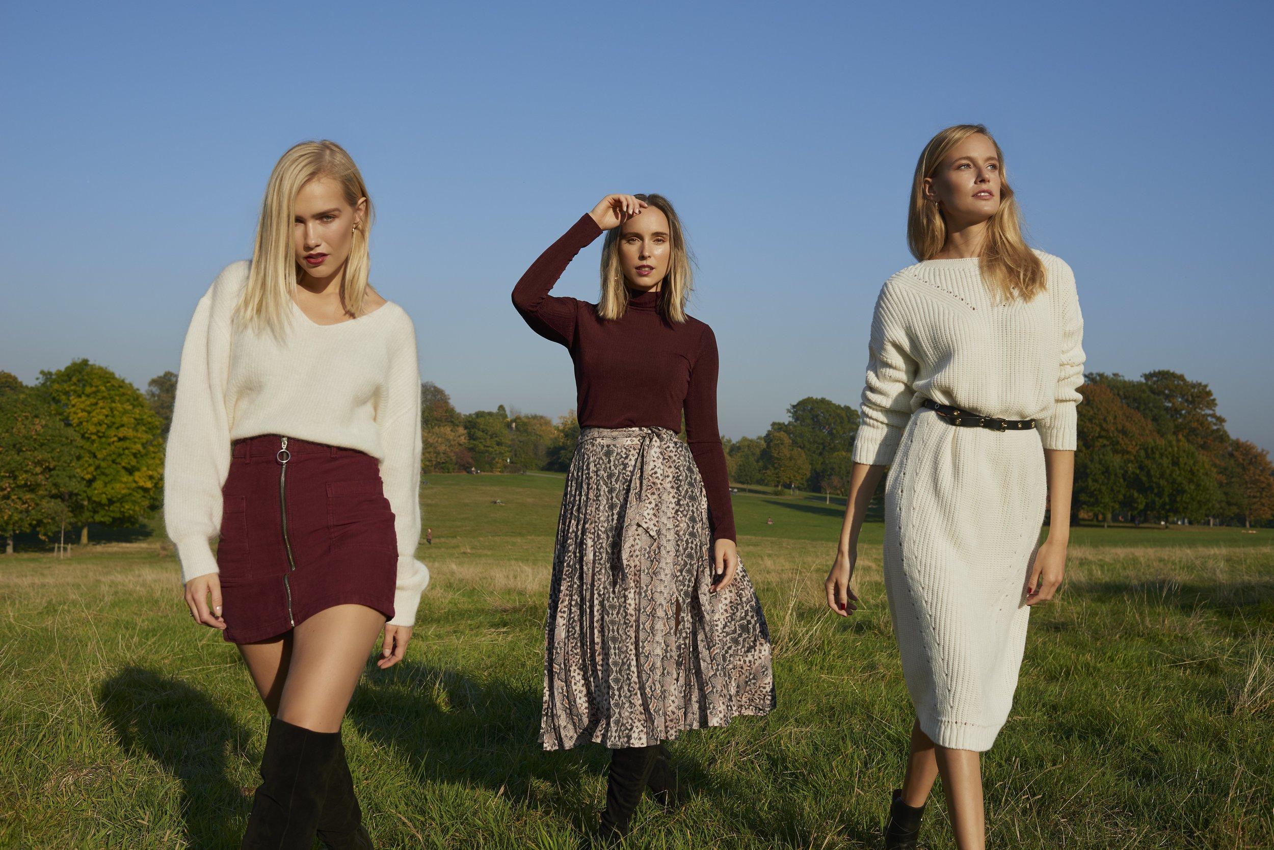 THE 4 OF US by   Eva Schwank