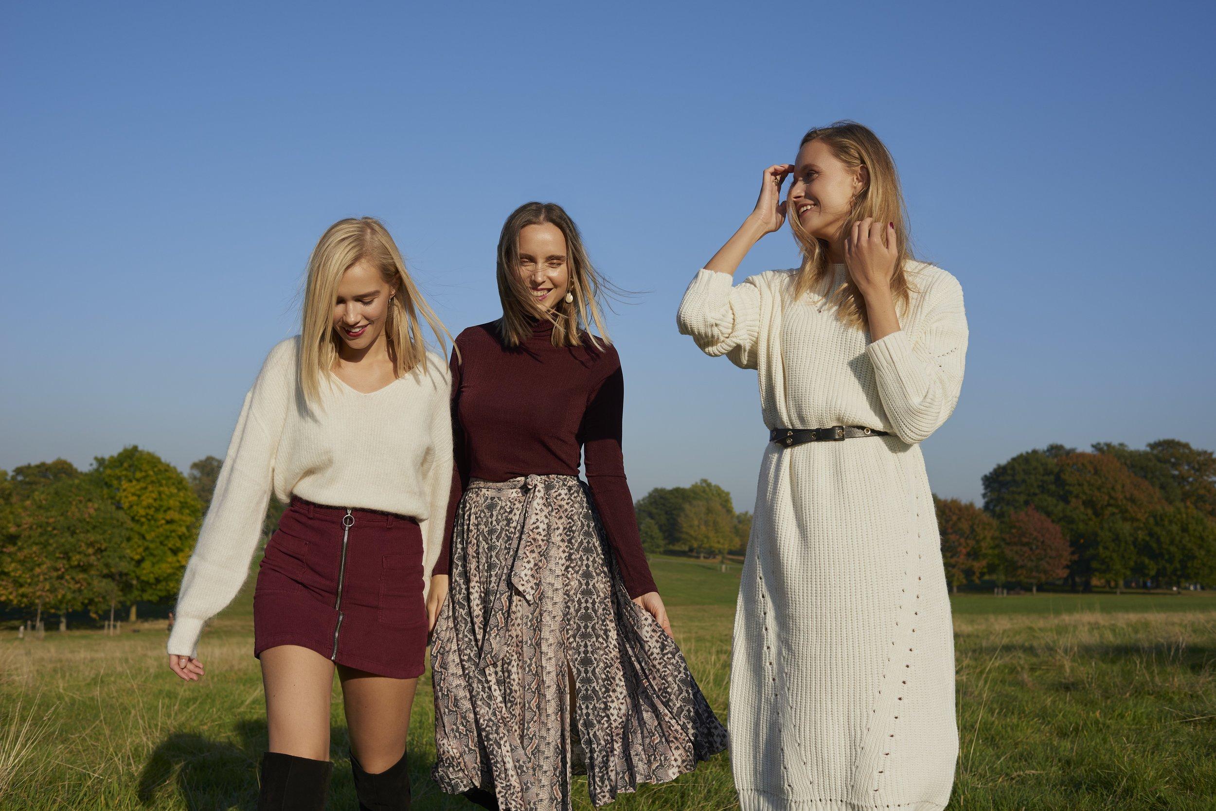 THE 4 OF US - by Eva Schwank