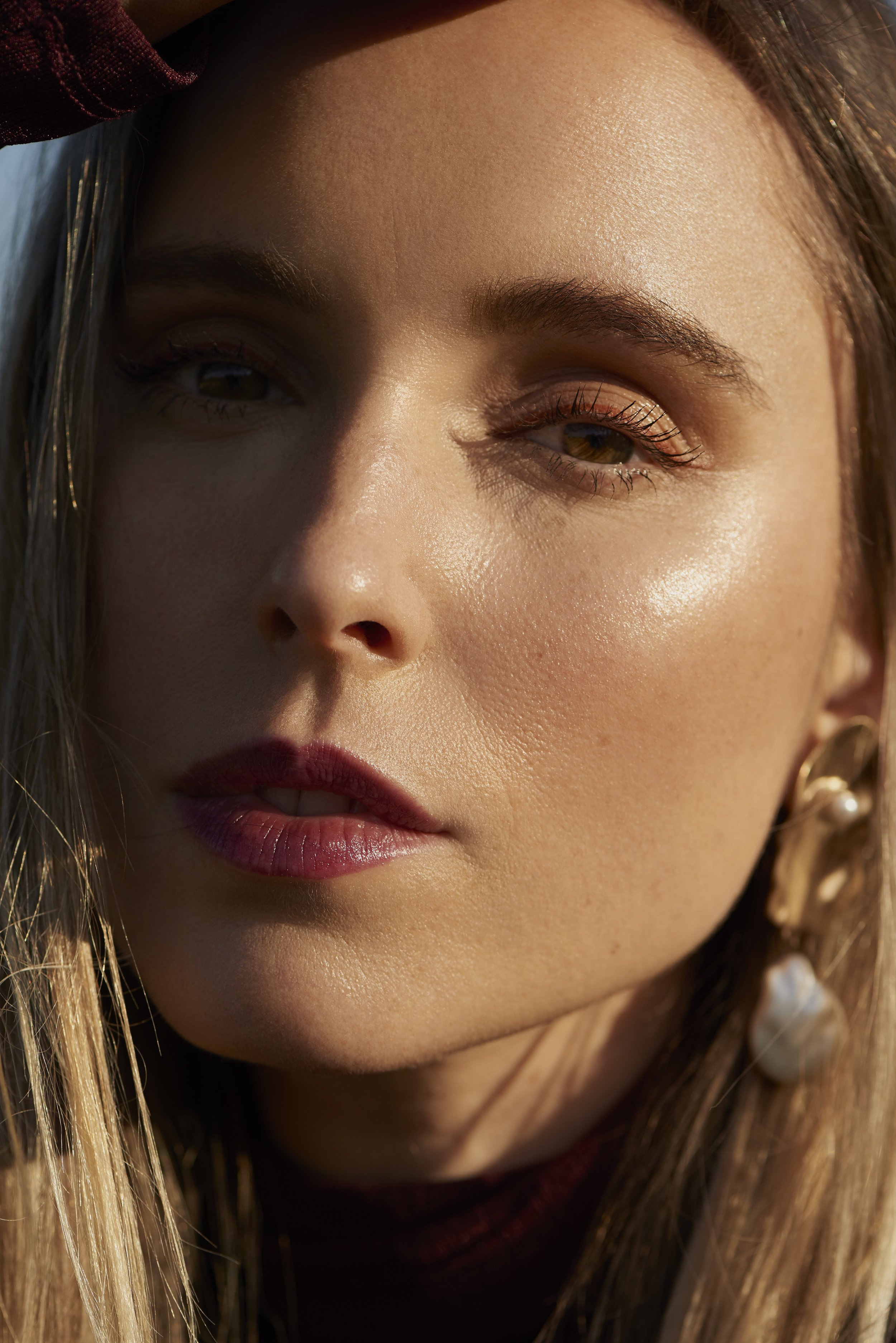 Beauty close up and mango shell statement earrings