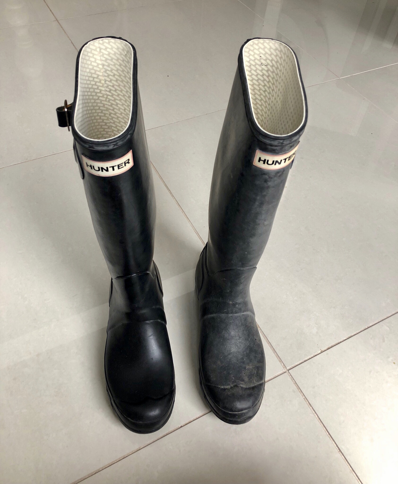 YOU CAN ALSO USE BABY OIL ON YOUR WELLINGTON BOOTS -