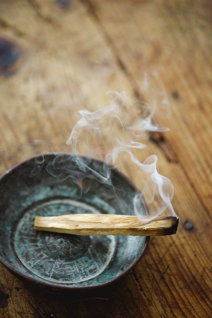 STEP 4.: - BURN PALO SANTO WOODIt's been an addiction of mine for a while. I find the scent so relaxing. No need to burn for long when going to sleep, as it can get a bit overwhelming. For me at least. Literally light it up for a sec, that will be more then enough.Benefits of burning Palo Santo wood:The wood can help brighten energy and promote feelings of positivity and joy. The scent is also shown to reduce stress and anxiety, and enhance clarity and concentration.