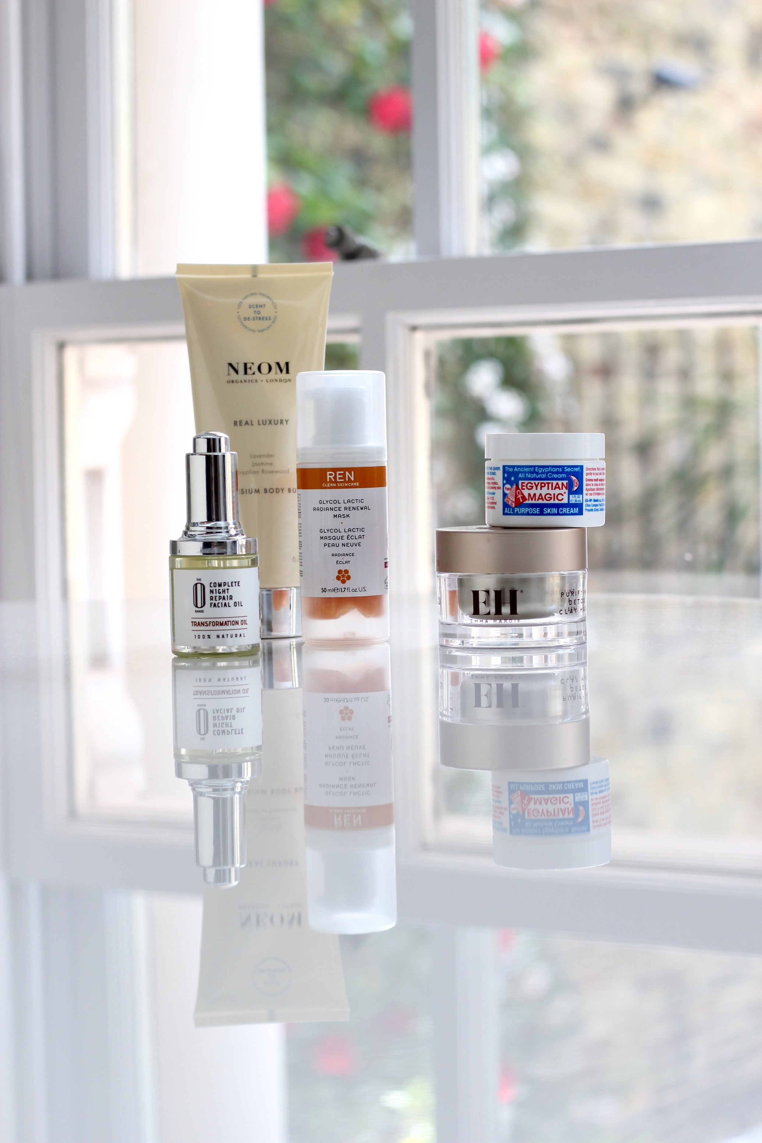 MY CURRENT TOP SKINCARE GO-TO'S FOR DRY AND SENSITIVE SKIN - Please note that all of these products have been gifted to us. We have used all of them for a long time, and have included the products in this post because we genuinely like them and can therefore recommend them.
