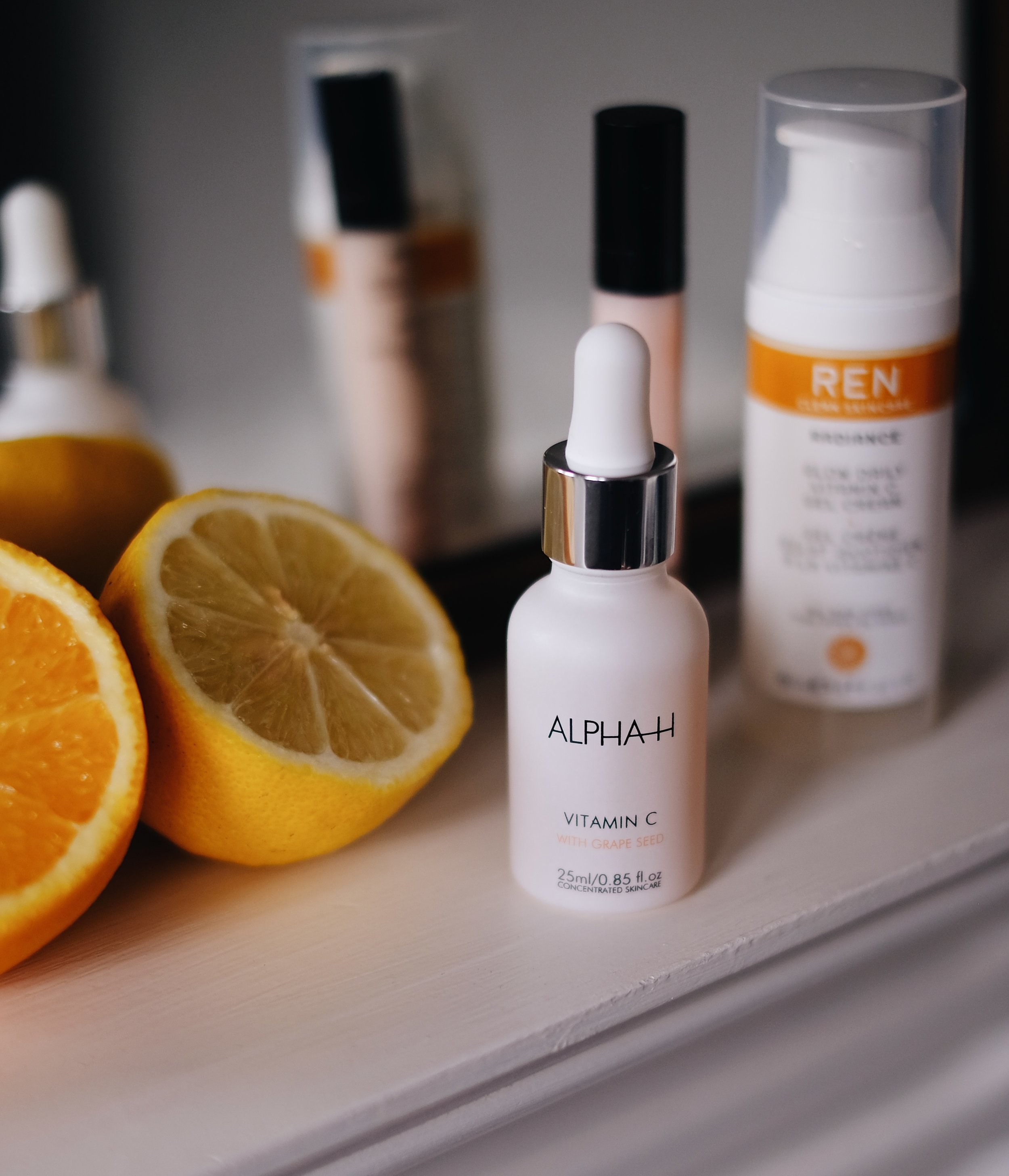 ALPHA H - Alpha-H Vitamin C Serum is blended with botanicals and the highly effective hydrating properties of Hyaluronic Acid to deliver superior antioxidant benefits. I've only used it for about 1 month and I absolutely loving it! I find it repairing and brightening. New favourite serum!Price: 25ml £39.00