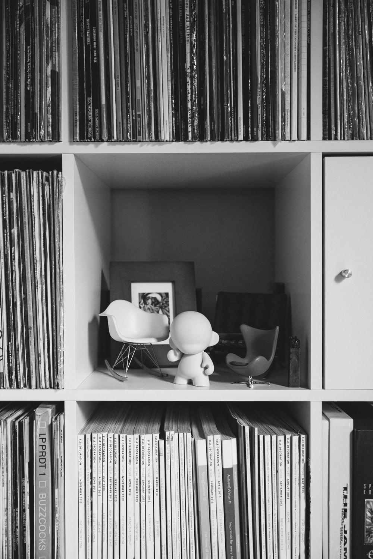 Haarkon House Design Architecture Modernist Interior shelf office