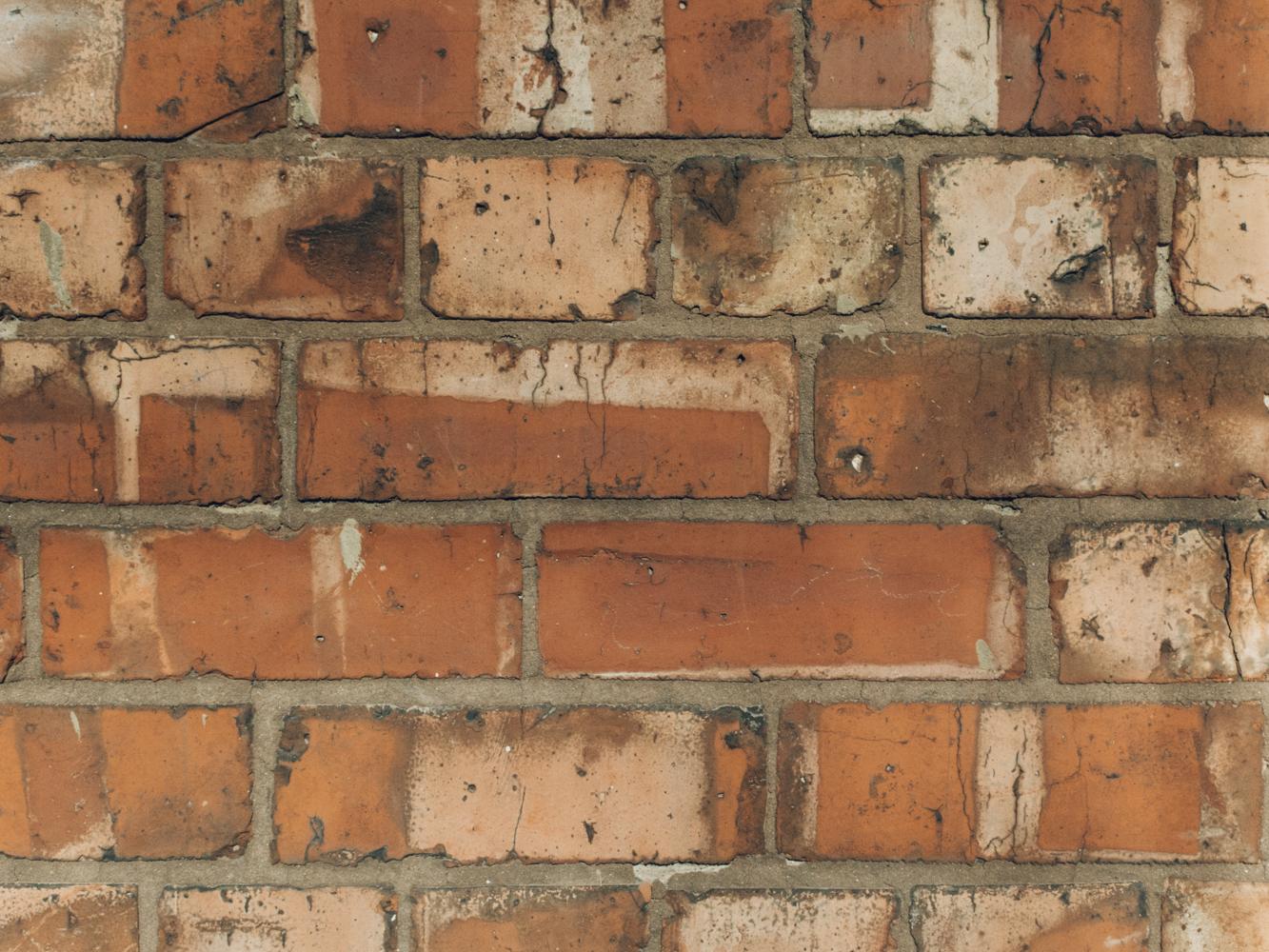 Haarkon Manchester Travel Visit England Sunshine Winter Museum Whitworth Art Gallery Brick Material