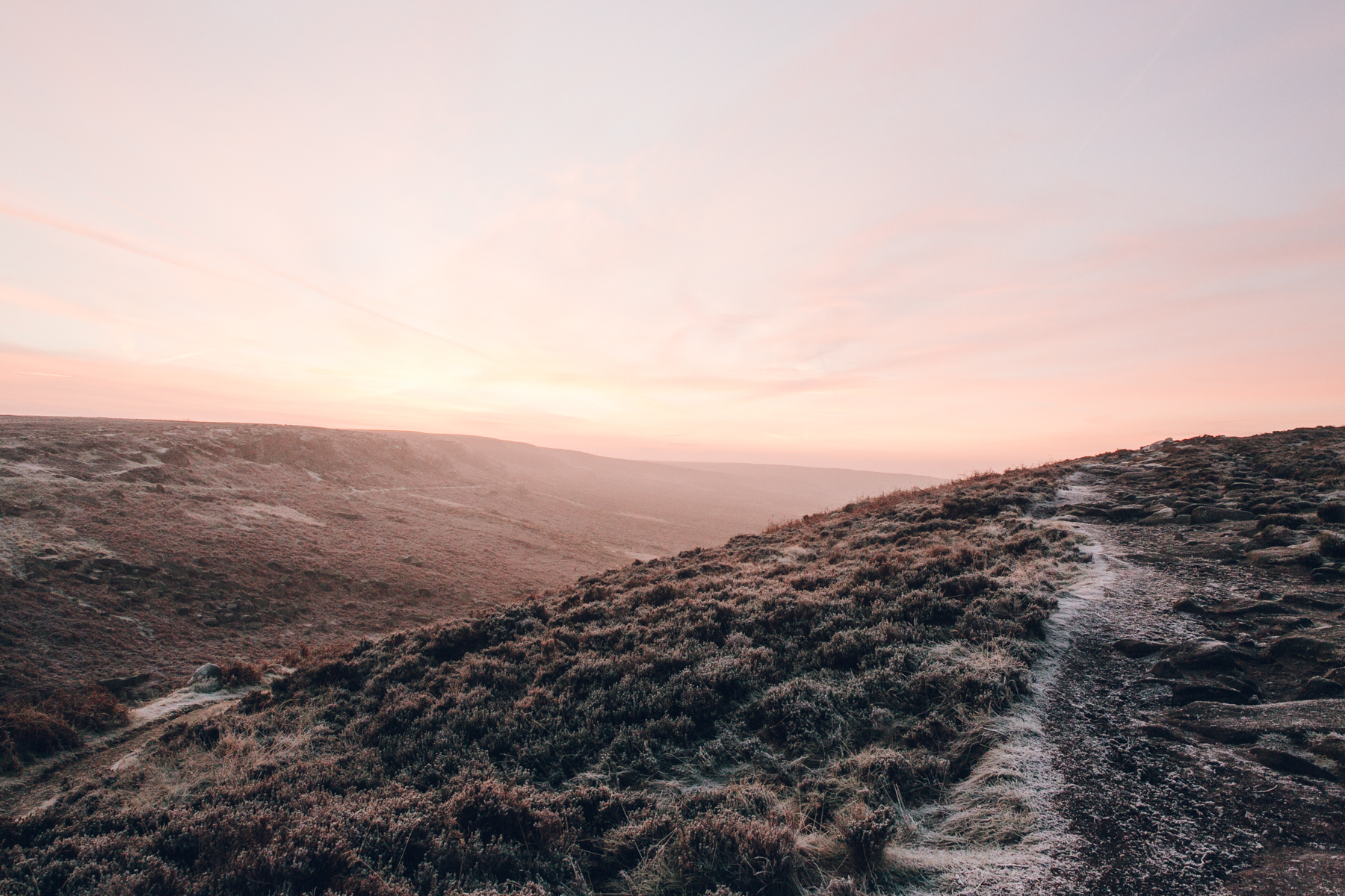 A frosty sunrise at Burbage Bridge in the Peak District, Derbyshire.