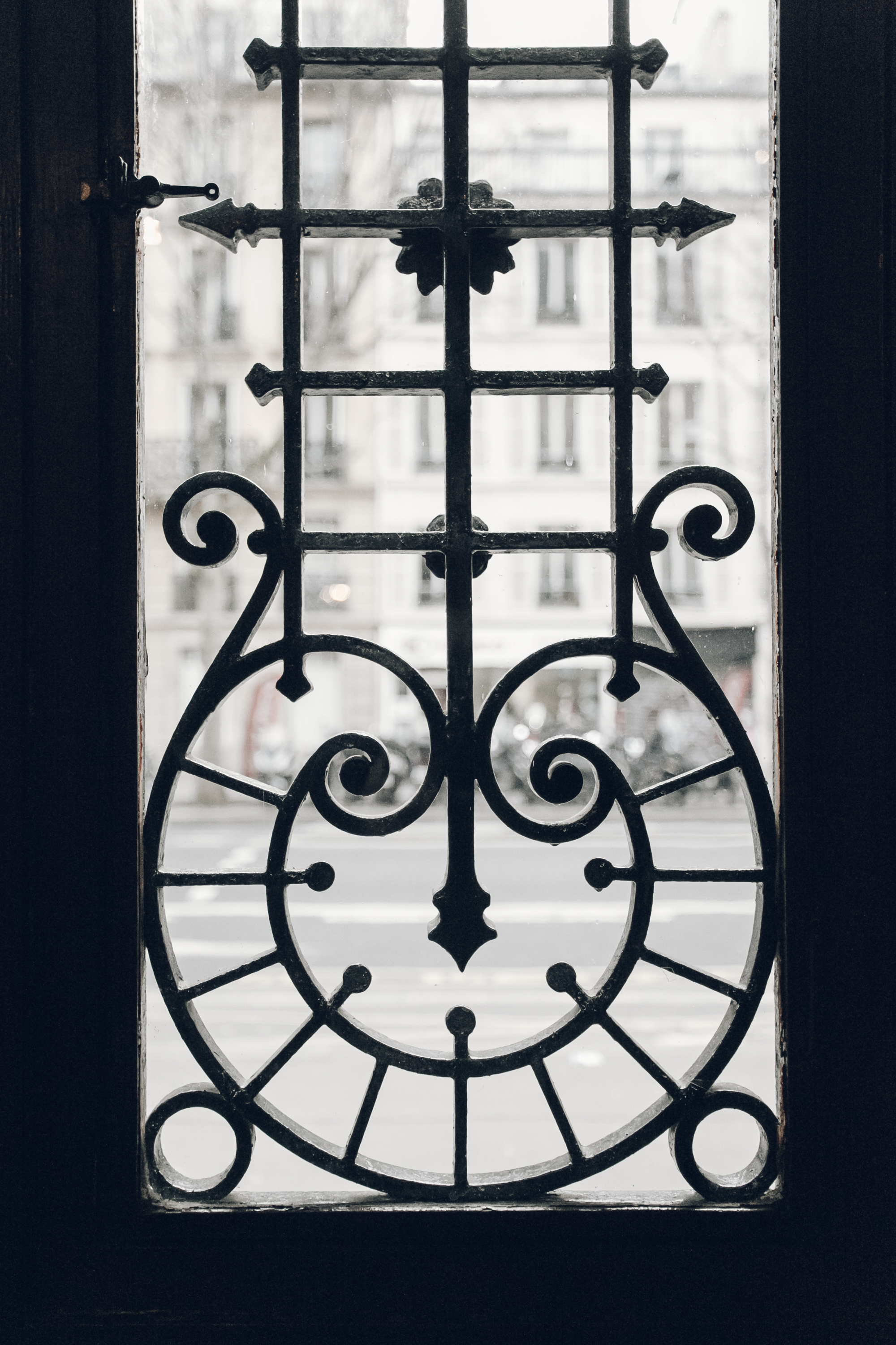 Paris in the Winter by Haarkon and Airbnb.