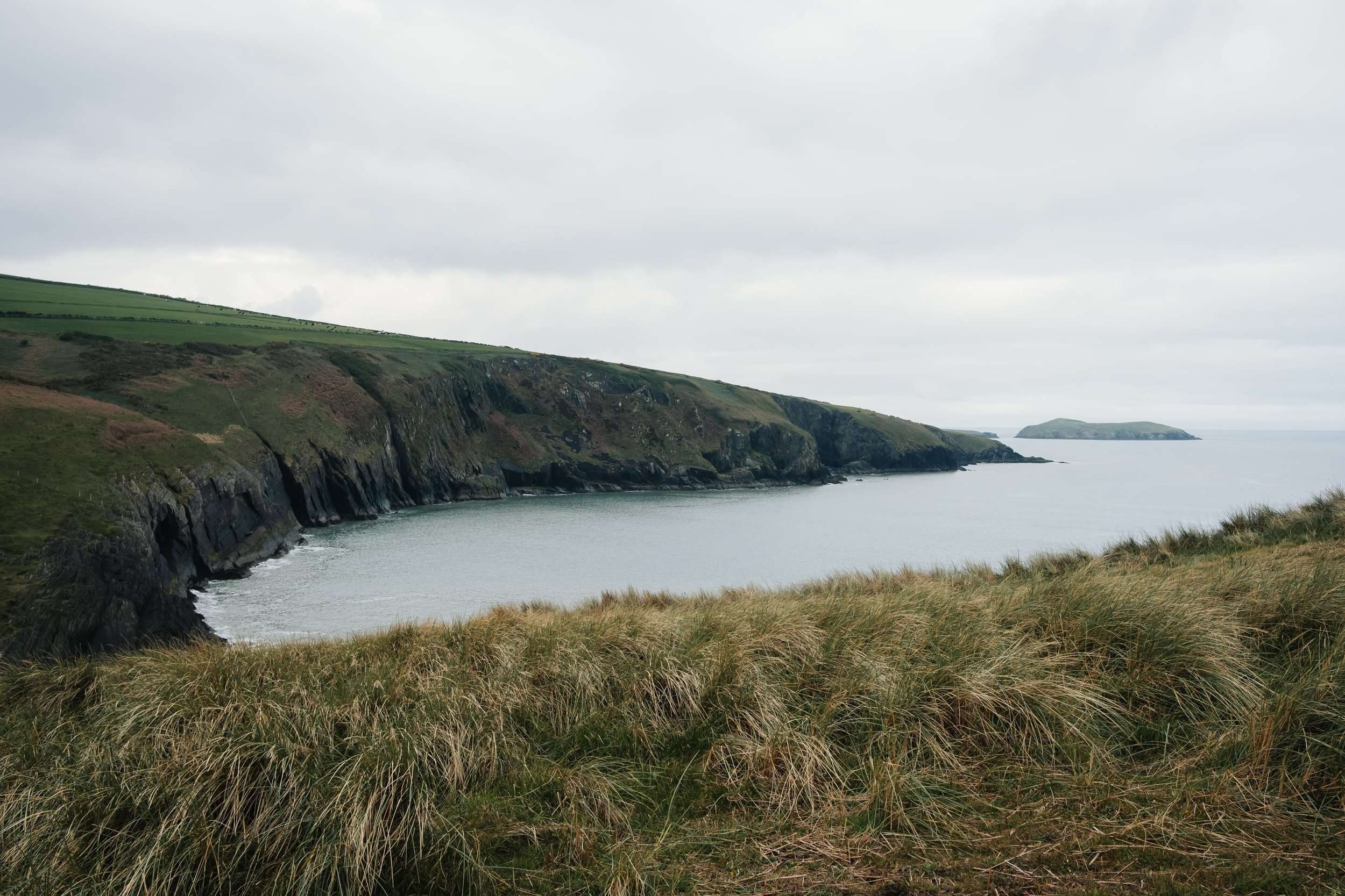 Exploring the epic landscapes of Wales (UK) by Haarkon - Mwnt Beach