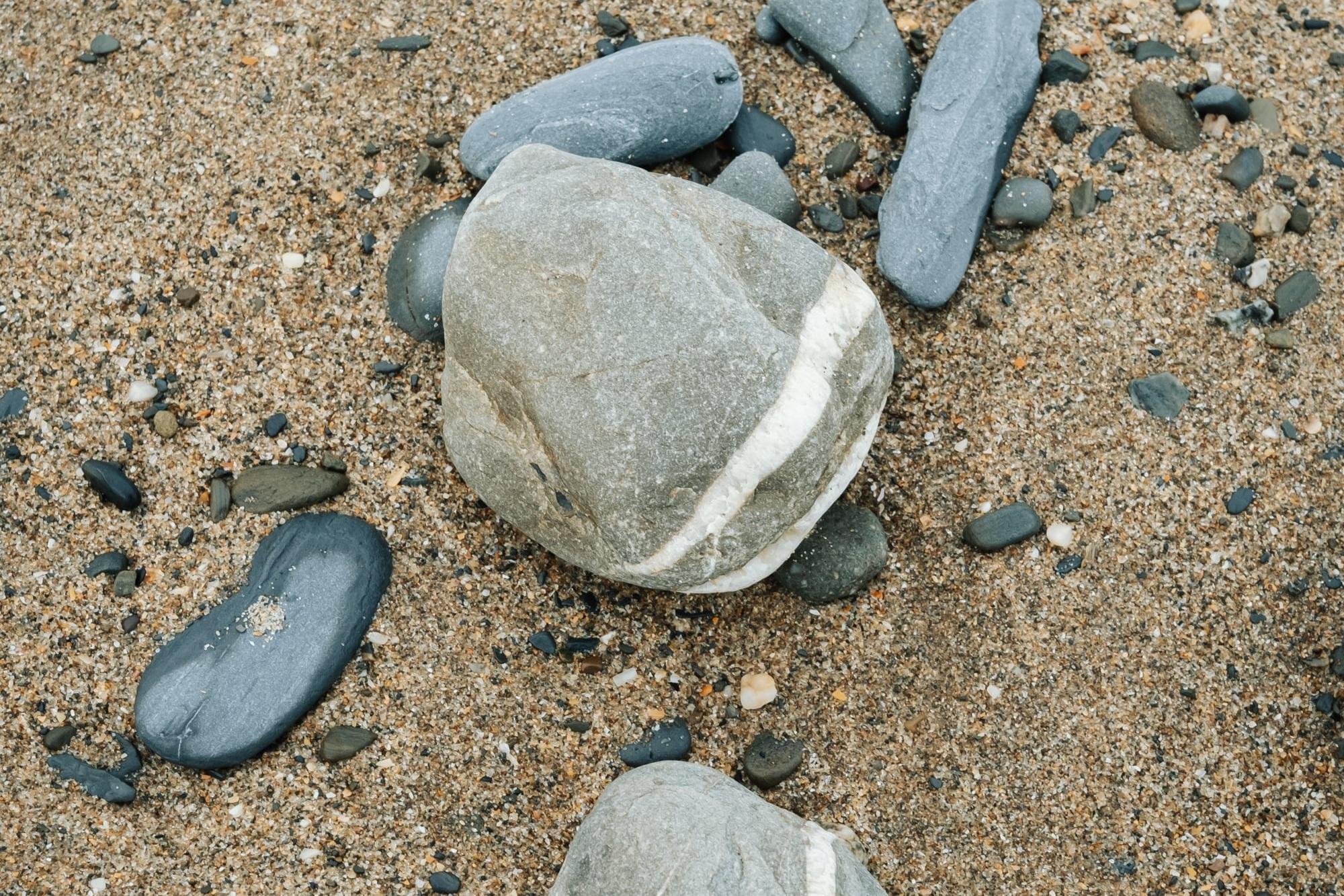 Penbryn Beach in Wales by Haarkon