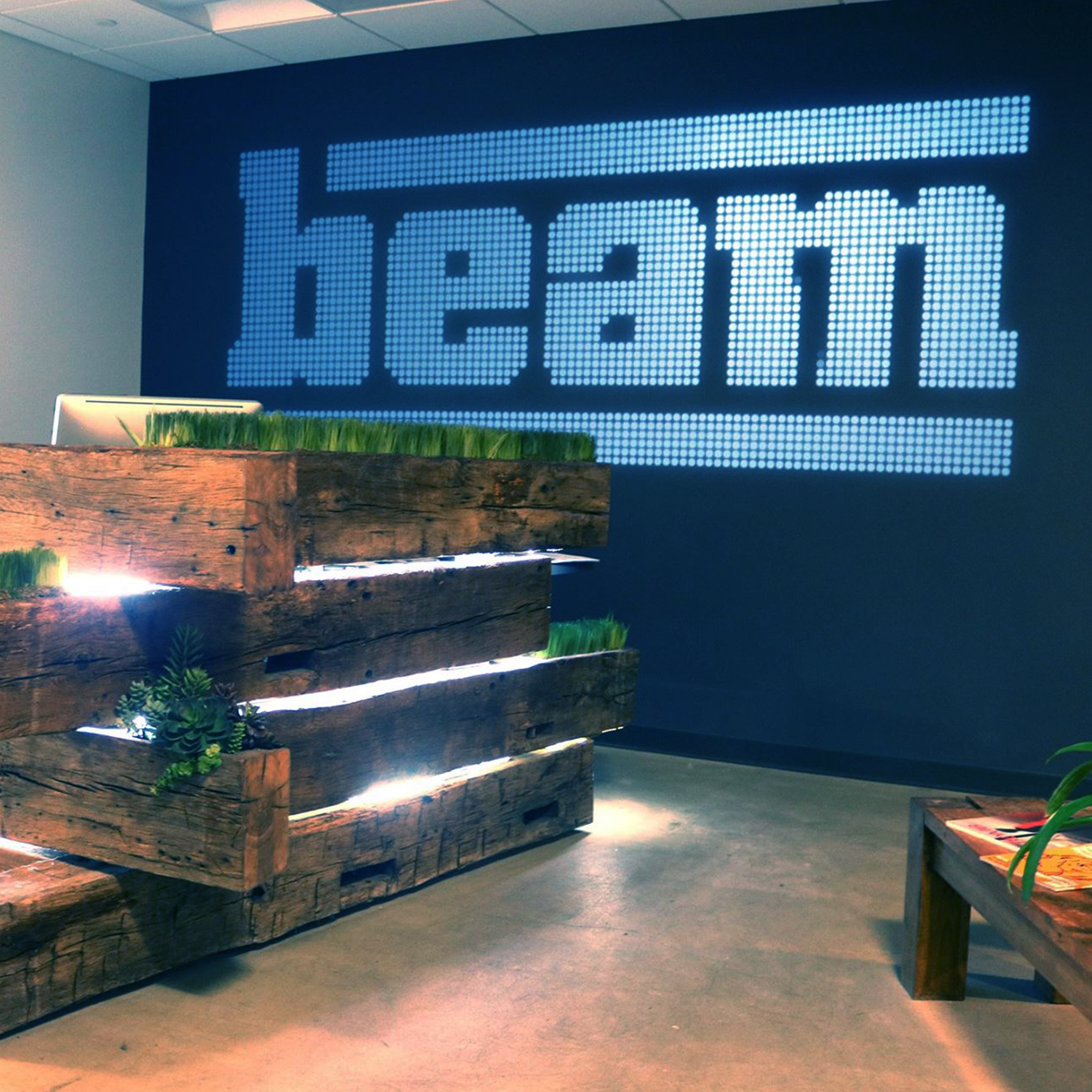 Beamland - I worked as an UX design intern for 5 months in 2015 at Beam Interactive, an interactive marketing agency in Boston, Massachusetts. Here's a summary of the experience. Read more ->