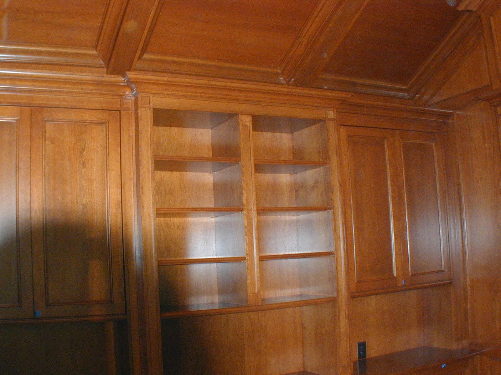 Bertoni Library (8).JPG
