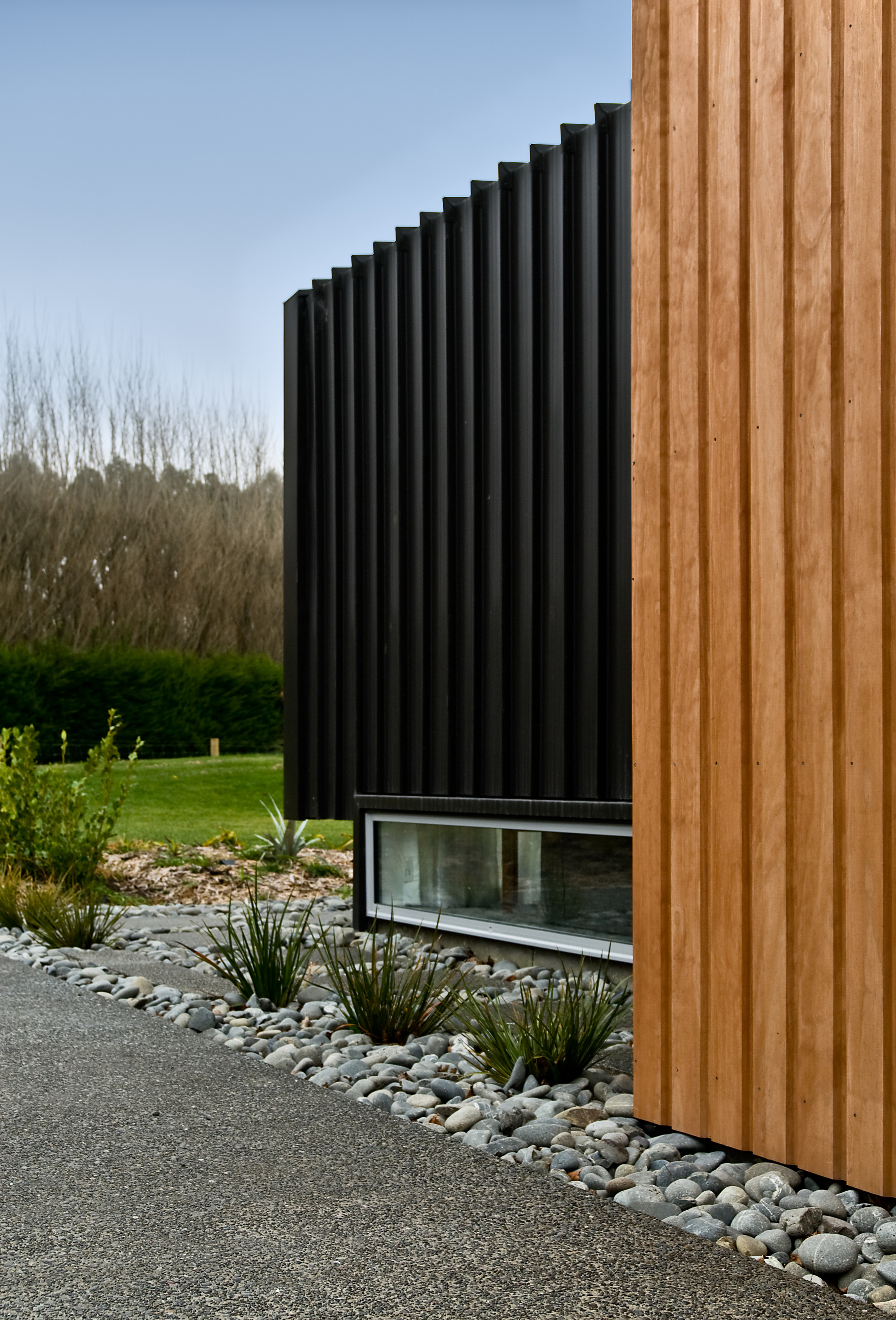 090614_Stufkens_Architecture_Lin_McCaughan_004_exterior_detail.jpg