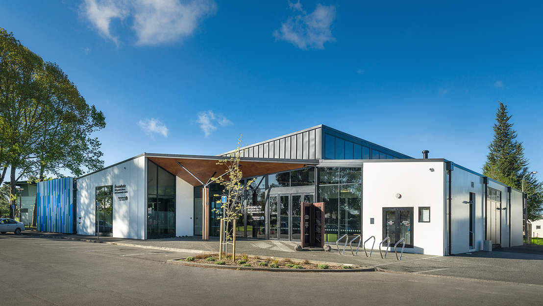 BLE09-Bishopdale-Library-Exterior-Stufkens-WEB.jpg