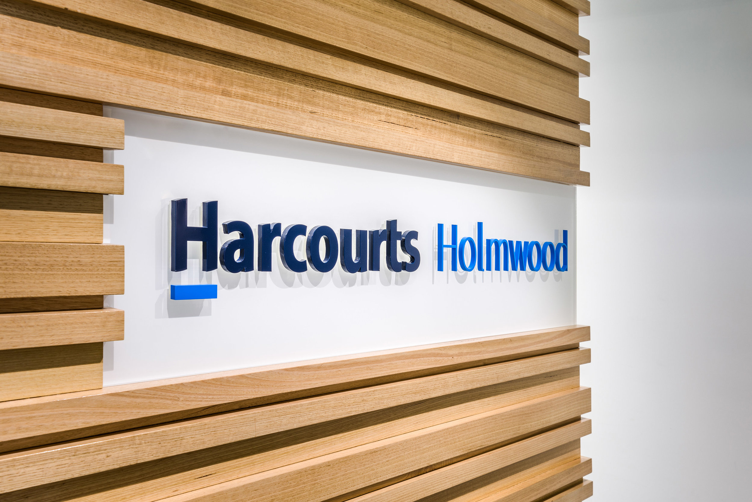 HHI12-Harcourts-Holmwood-Int-Stufkens.jpg