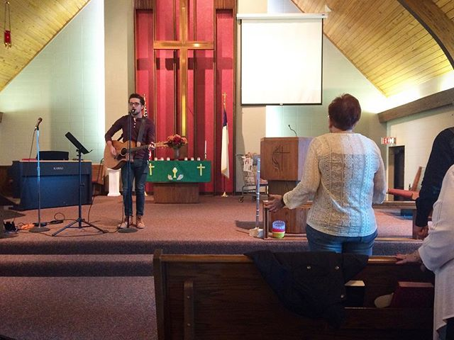 @iammillsadrian led us in worship this morning at Salem Chapel UMC. Thanks for pointing us to Jesus, Mills! #tes40wk