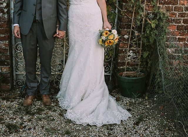 New wedding on the blog - Sarah & Adams stunning Kent festival themed wedding at The Secret Garden bringing you some sunshine this bleek winter. Enjoy!  http://www.jaytunbridge.co.uk/journal/2017/1/16/sarah-adam-kent-festival-wedding  #weddingphotographer #weddingphotogtaphy #kentwedding #festivalwedding @secretgardenkent