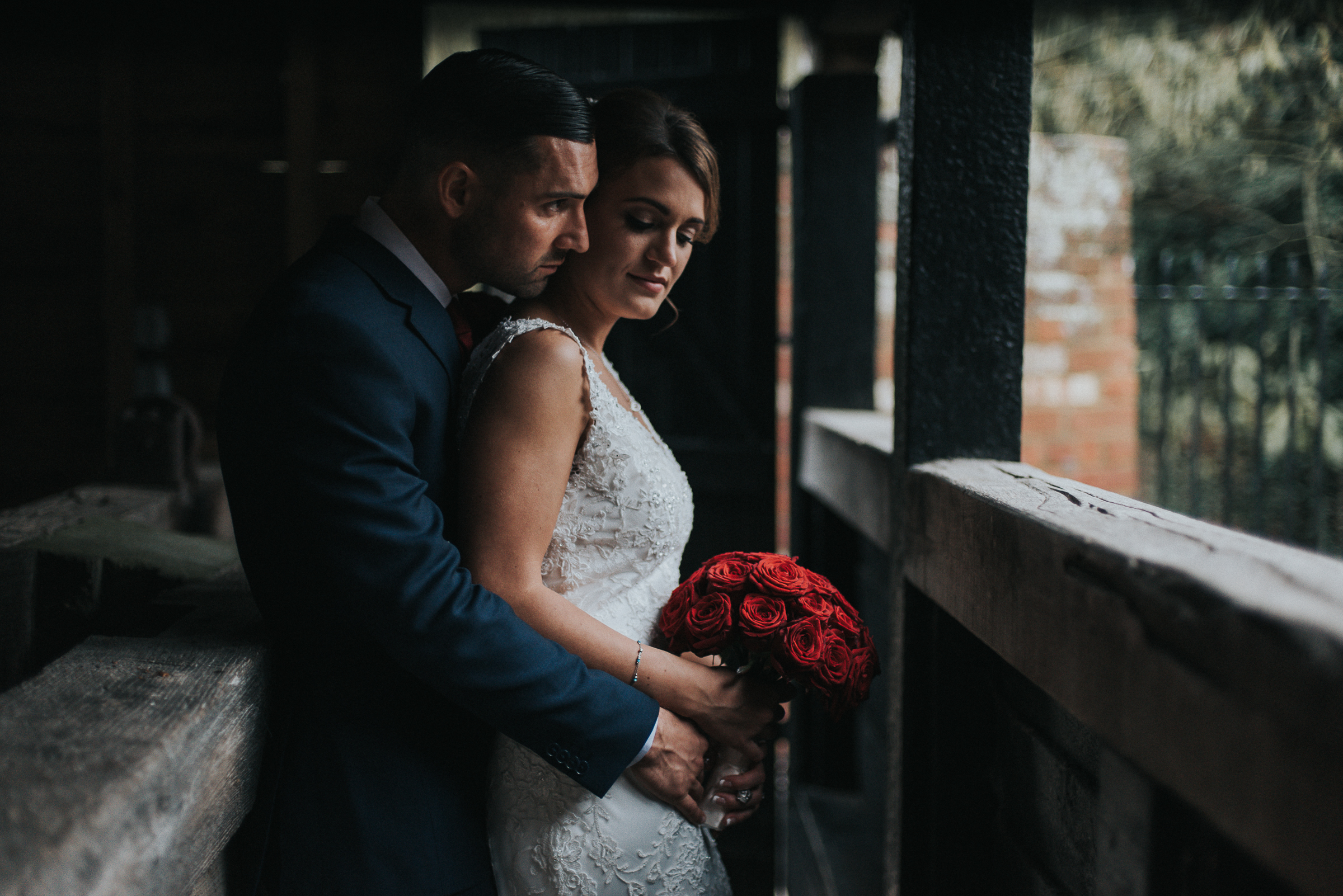 Barn Wedding Tewin Bury Farm Hotel Photography Jay Tunbridge Photographic Co-2.jpg
