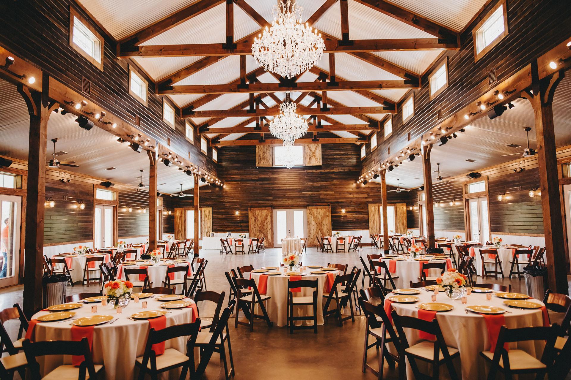 barn style wedding venue texas peach creek ranch