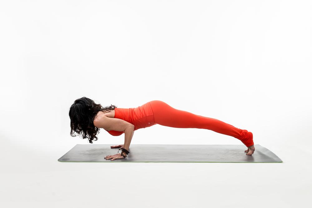 plank-pose-yoga-fever.jpg