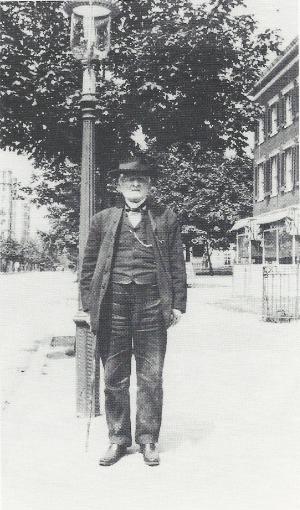 Mosby in Washington, 1910.