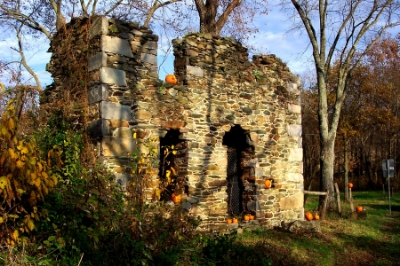 The Potts mill and miller's house near Hillsboro were burned in the 1864 Burning Raid.