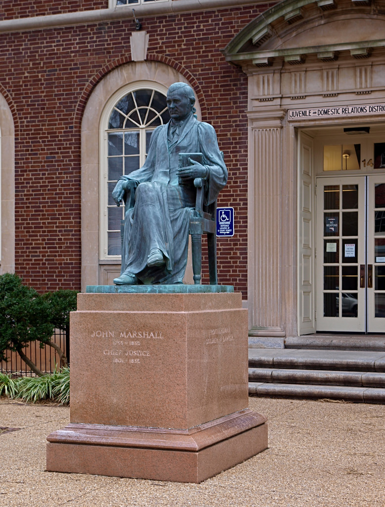 Statue of Marshall located at the Fauquier County Courthouse in Warrenton